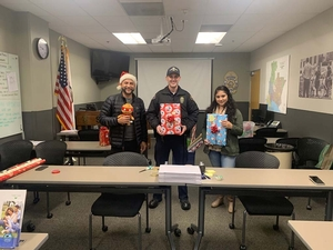 Holiday Gift Wrapping LBPD South